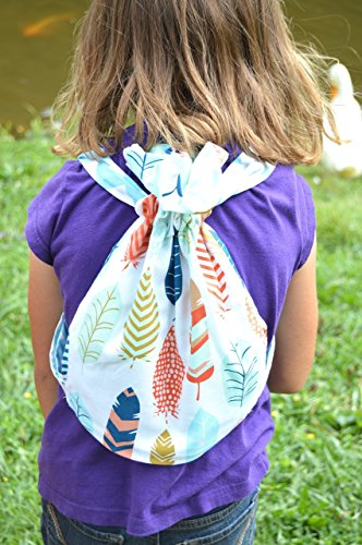 kids-backpack-with-bright-feathers-print-roomy-backpack-with-child-and-adult-sizing