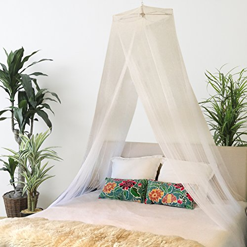 BOHO AND BEACH Quality Mosquito Net Bed Canopy - Queen Size + Bonus Hanging Paper Pom Pom Decorations ...  sc 1 st  Anna Linens : queen size bed with canopy - memphite.com