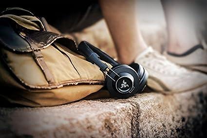 Razer-Adaro-Series-Bluetooth-Headset