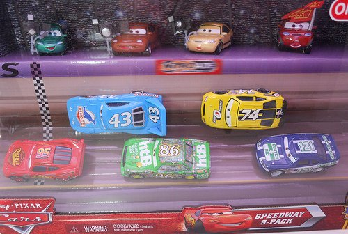 Diseney Cars Speedway 9 Pack Piston Cup Nights