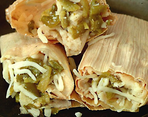 New Mexico Green Chile and Cheese Tamales, with Free Red and Green Chile Sauce (New Mexican Green Chili compare prices)