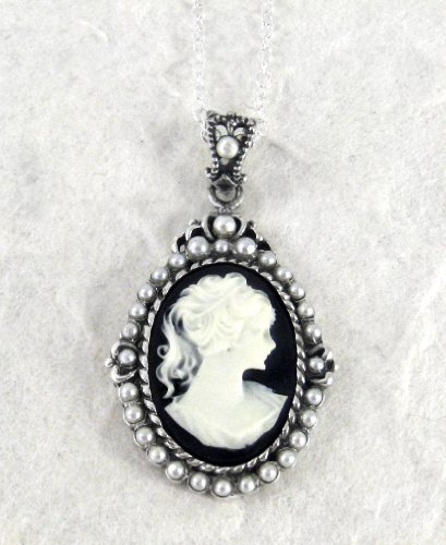 Sterling Silver Black Cameo and Pearlized Beads Frame Pendant Necklace, 16-18