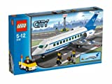 LEGO Passenger Plane 3181 (Discontinued by manufacturer)