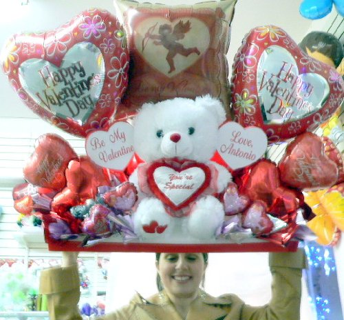 PERSONALIZED VALENTINES DAY GIANT BOUQUET OF 22 BALLOONS, BIG PLUSH TEDDY BEAR and TWO HEARTS THAT WILL BE PERSONALIZED FOR YOU - BIG AND PERSONALIZED VALENTINE GIFT TO BE REMEMBERED FOREVER