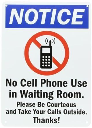 """Entrar plástico, Legend """"Aviso: No uso del teléfono celular en sala"""