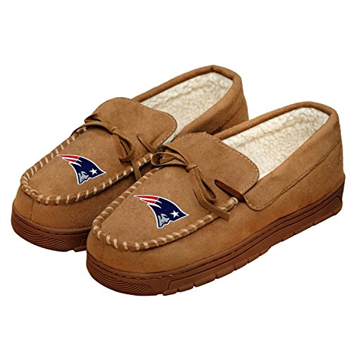 nfl-football-mens-team-logo-moccasin-slippers-shoe-pick-team-new-england-patriots-large