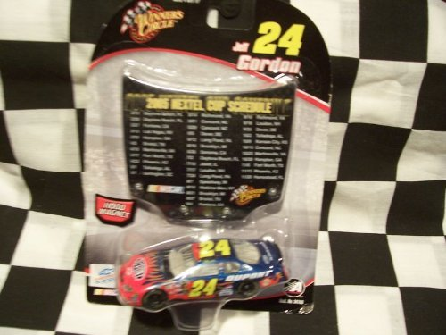 2005 Jeff Gordon #24 Dupont 1/64 Scale Diecast with Bonus 2005 Nextel Cup Schedule Magnet Hood by Winners Circle