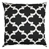 JinStyles Cotton Canvas Quatrefoil Accent Decorative Throw Pillow Cover (Black, White, Square, 1 Cover for 18 x 18 Inserts)