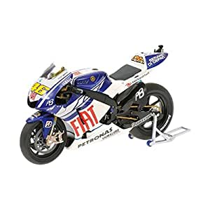YAMAHA YZRM1 VALENTINO ROSSI MOTOGP 2010 Diecast Model Motorcycle in 1:12 Scale by Minichamps