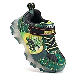 Star Wars Yoda \'\'There Is No Try\'\' Boys\' Light-Up Athletic Shoes (8)