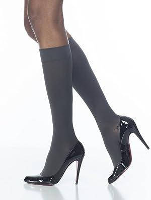 SIGVARIS Women's Style Soft Opaque 840 Closed Toe Calf-High Socks 20-30mmHg (Color: Black, Tamaño: MS - Medium Short)
