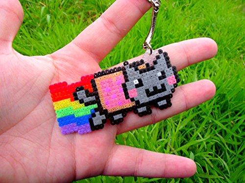 keychain-straps-plug-charme-sprite-magnet-of-nyan-cat-o-pixel-art-o-hama-beads