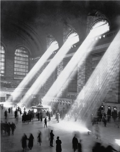 Sunbeams in Grand Central Station, 1903 - Vintage Photo Art Print (10