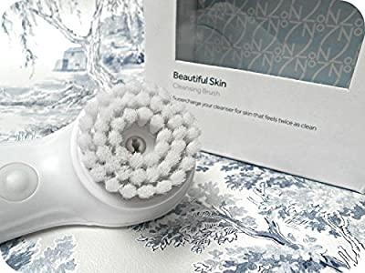 Boots No7 Beautiful Skin Battery Operated Facial Cleansing Brush- Face Polisher - Exfoliating Brush
