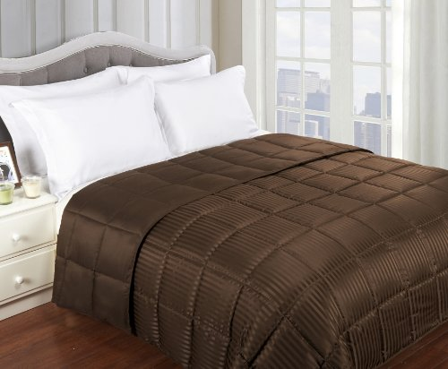 Grand Down All Season Down Alternative Full/Queen Reversible Blanket, Chocolate front-779638