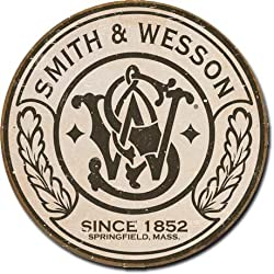 Smith &amp; Wesson - Round Metal Tin Sign
