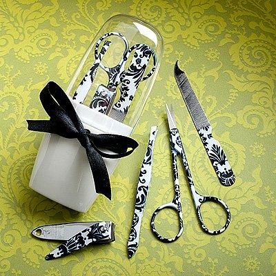 Pretty Damask Design Manicure Sets, 1