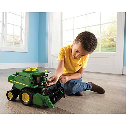 John Deere Gear Force Combine Harvester Play Set (John Deere Remote Control compare prices)