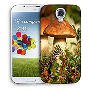 Snoogg Mushroom In Garden Designer Protective Phone Back Case Cover For Samsung Galaxy S4