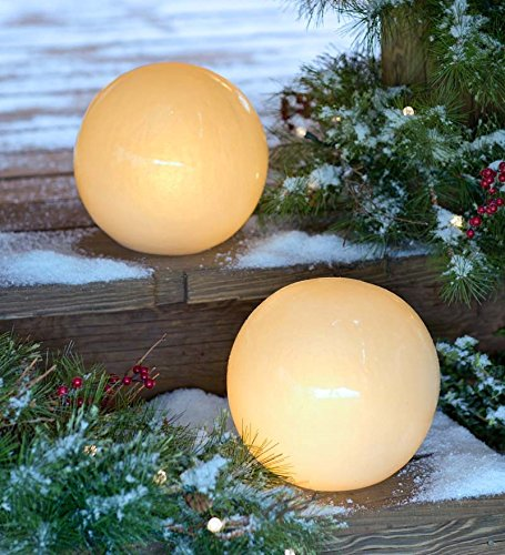 Glowing Outdoor Amber Globe With Auto Timer