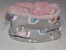 Braga de cuello ajustable con estampado de Cisnes, bufanda infinita con minky en la cara interna y snaps de plástico, disponible en tallas de recién nacido hasta 6 años.