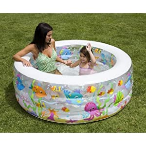 Large enough paddling pool water births babycentre for Large paddling pool