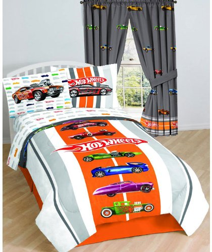 Hotwheels Vintage Race Cars Twin-Full Bed Comforter