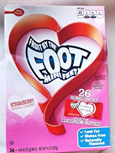 Fruit By the Foot Mini Feet Strawberry Valentine Rolls Fruit Flavored Snacks