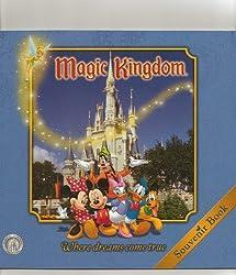 Walt Disney World SC Magic Kingdom (Walt Disney Parks and Resorts merchandise cu (Walt Disney's Comics and Stories)