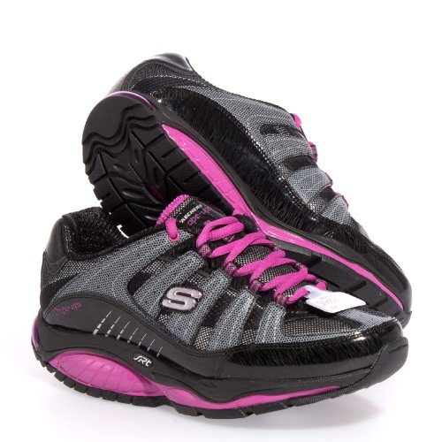 Skechers stores are your one-stop shop when it comes to shoes. Your local shoe store destination for the biggest and best selection of shoes your whole family will love, Skechers retail stores carry shoes for men, women and kids all in one store with personalized service.