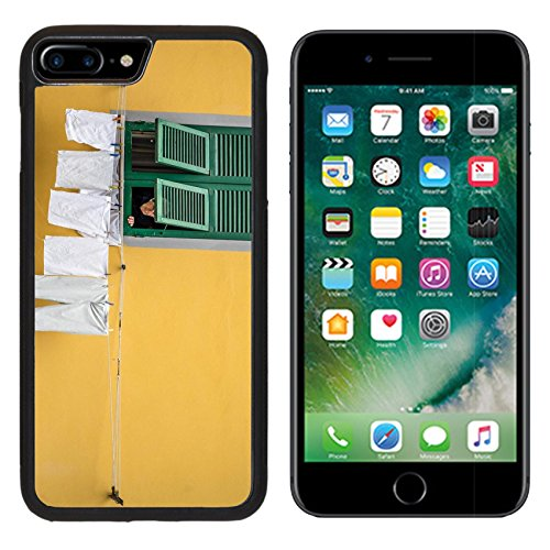 msd-premium-apple-iphone-7-plus-aluminum-backplate-bumper-snap-case-free-stock-photo-italy-woman-per