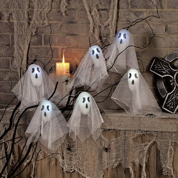 FLASHING LIGHT UP HALLOWEEN GHOST DECORATION SET!