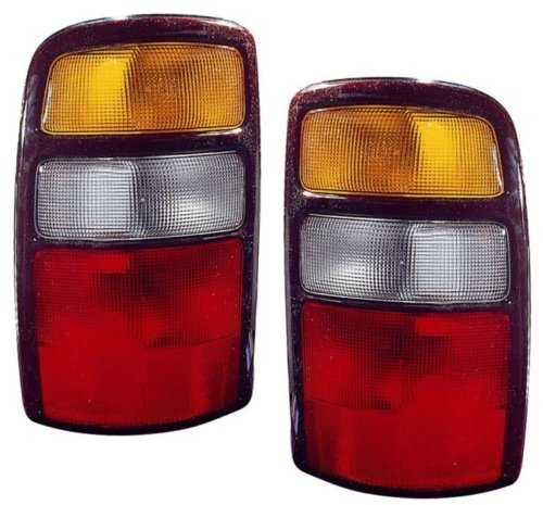 Chevy/GMC Replacement Tail Light Assembly - 1-Pair