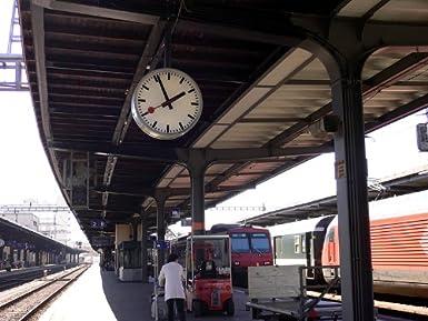 """Mondaine railway clock"""