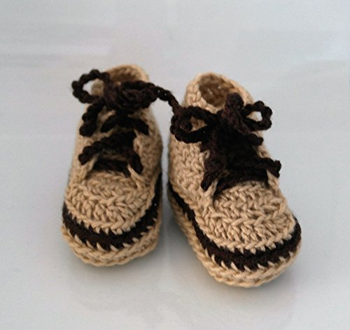 Hand made baby shoes, Crocheted baby shoes, Converse, Baby Sneakers,New born baby shoes, Baby clothes, Baby items, Hand crafted, Athletic