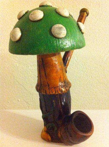 Handmade-Tobacco-Pipe-Tall-Green-Mushroom-Design
