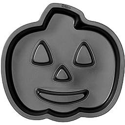 Wilton 2105-0679 Halloween Jack-O-Lantern Fluted Cake Pan