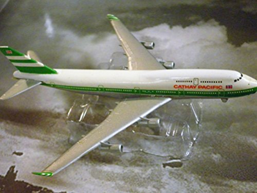 cathay-pacific-hong-kong-airline-747-400-jet-plane-1600-scale-die-cast-plane-made-in-germany-by-scha