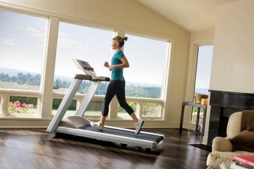 Precor-Premium-Series-931-Treadmill