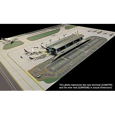 Gemini Jets Airport Terminal with air bridges and lights Scale 1/400 GJARPTB