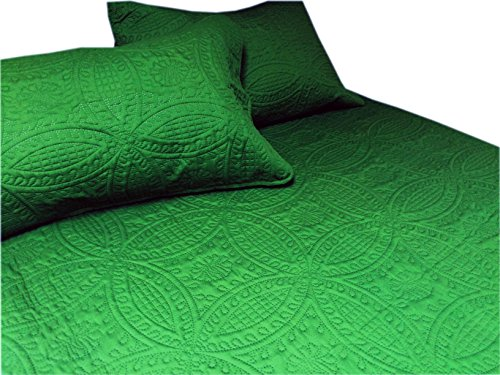 Cozy Bed 3 Piece Solid Quilt Set, Full/Queen, Fern Green (Green Quilt compare prices)