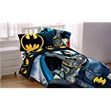 """Batman 72 by 86-Inch """"From The Rooftop"""" Reversible Comforter, Twin/Full"""