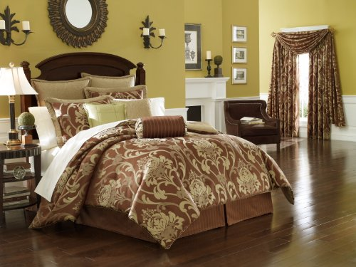 Lenox Heritage King Comforter Set