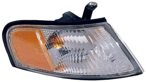Depo 315-1531R-AS Nissan Altima Passenger Side Replacement Parking/Signal Light Assembly Style: Passenger Side (RH)