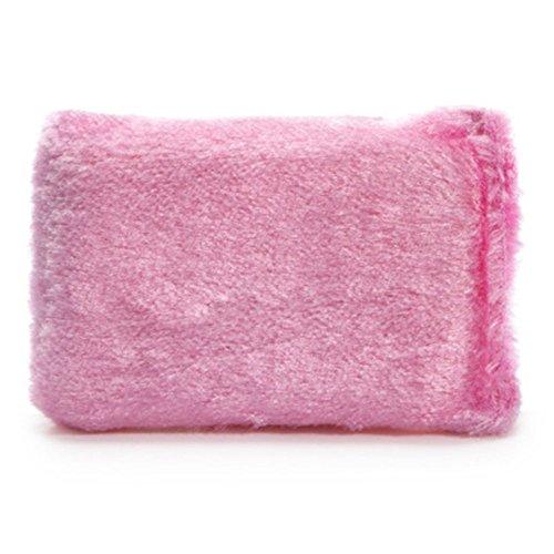 pano-de-limpieza-esponja-una-sarten-en-la-cocina-lavando-los-platos-los-platos-plato-de-esponja-non-