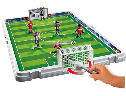 Playmobil 4725 take along soccer match 20 del amazon for Table playmobil