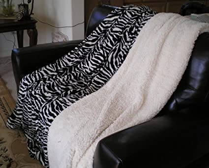 Super Soft Queen Faux Fur / Micro Fiber Blanket / Bedspread / Throw - Black Zebra