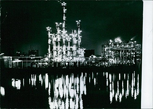 vintage-photo-of-a-night-view-at-the-chemical-plant-in-rhodes-near-sydney-owned-by-csr-chemicals-ltd
