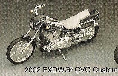 Harley-Davidson Motorcycle 2002 FXDWG CVO Custom 1:18 Series 14