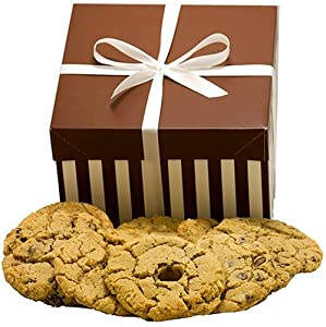 Montana Baking Company COOKIE SAMPLER - 2.25 Pounds of JUMBO COOKIES! Special gift packaging for CHRISTMAS, HANUKKAH, & All-Occasion Themes.